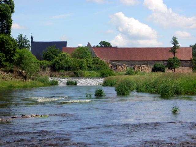 Kloster Buch vom Wasser aus