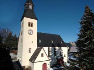 Kirche Taura